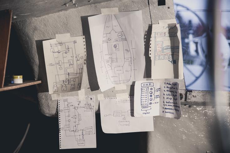 Forskjellige skisser over nye installasjoner i båten